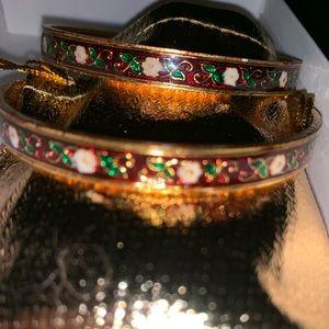 Jewelry - ISE India Goldtone Bracelets